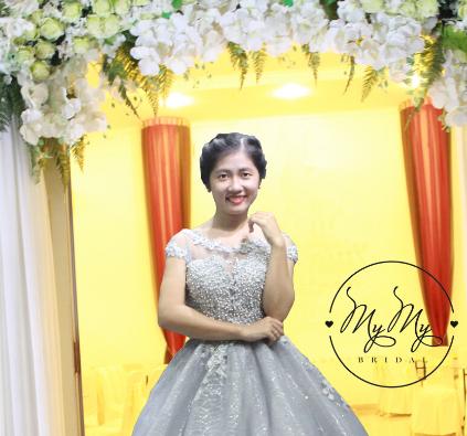 Áo cưới màu xám Wax Trắng