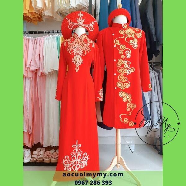 Áo dài cặp lụa đỏ vẻ  tay hoạ tiết 3D - cho thuê áo dài cưới TP Hồ Chí Minh