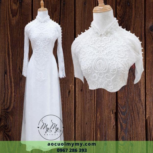 Áo dài ren trắng cô dâu kết hoa và viền ren tà áo