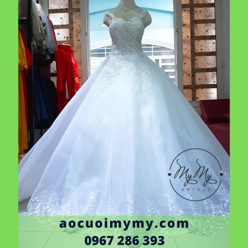 Váy cưới trắng voan tùng rộng kết pha lê- cho thuê soiree cưới áo vest