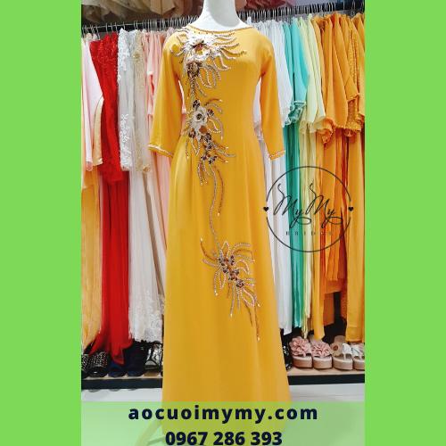 Áo dài bà sui lụa vàng đính kết kim sa - cho thuê áo dài mẹ giá rẻ