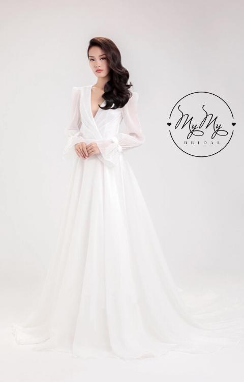 Áo cưới voan trắng tay dài loe