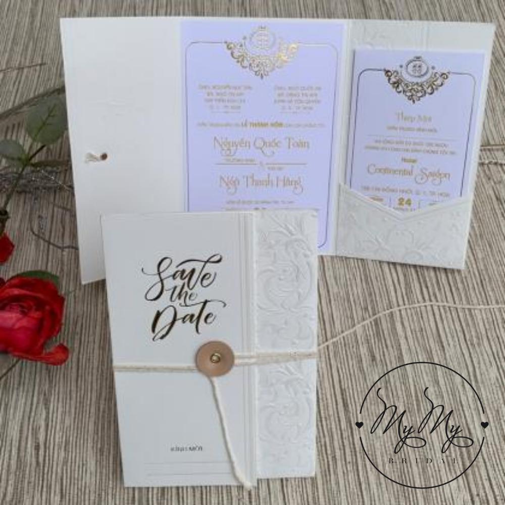 Thiêp cưới  nhũ vàng thiết kế rất đơn giản - thiệp cưới My My