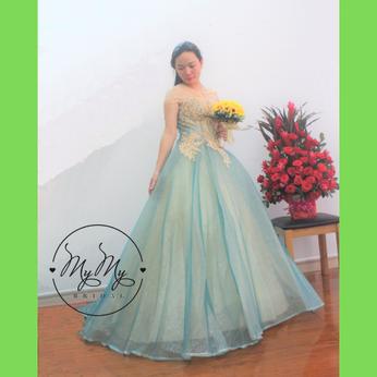 Áo cưới cô dâu xanh wax vàng