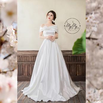 Áo cưới cô dâu thiết kế trắng cúp ngực kết hoa