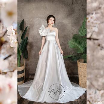 Áo cưới thiết kế trắng cúp ngực kết hợp Nơ vai sáng tạo - Áo cưới My My