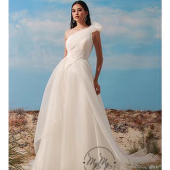 Áo cưới My My thiết kế lệch vai voan xoè (Trắng)