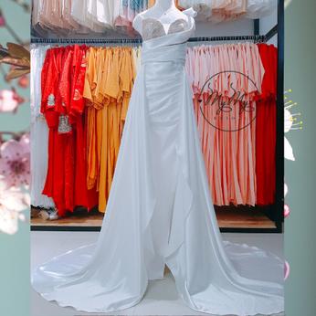 <Cho thuê/bán> Váy cưới satin trắng lệch vai - dịch vụ cho thuê bán váy cưới đẹp