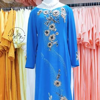 Áo dài bà sui màu xanh dương kết hoa
