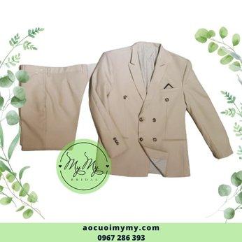 Áo vest nam màu trắng sửa 6 nút
