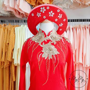Áo dài cô dâu màu đỏ kết hoa vàng- Dịch vụ cho thuê áo dài cưới