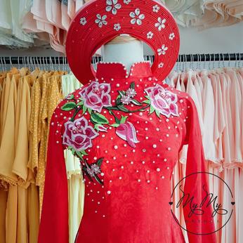 Áo dài cô dâu màu đỏ kết hoa tím- Dịch vụ cho thuê áo dài cưới gò vấp