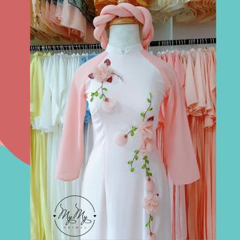 Áo dài bưng quả trắng phối hồng cam 2 tà - Dịch vụ cho thuê áo dài bưng quả Gò Vấp
