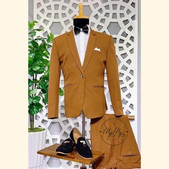 Áo vest nam màu vàng