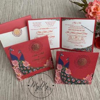 Thiêp cưới Vuông màu đỏ có hình công - DQ2030