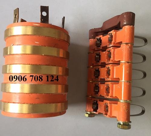 Cổ góp điện 5 pha kích thước 40x90x110 mm