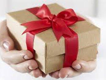 Bí quyết chọn quà tặng tết cho khách hàng ý nghĩa và tinh tế