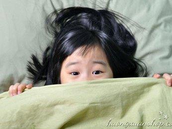 Cách giúp trẻ không còn sợ bóng tối với đèn ngủ trang trí