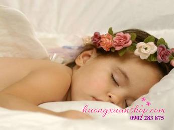 Cách massage chân giúp bé ngủ ngon và khỏe mạnh