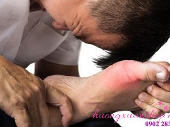 Chăm sóc đôi chân - giảm trừ bệnh gout với hộp đá muối massage chân