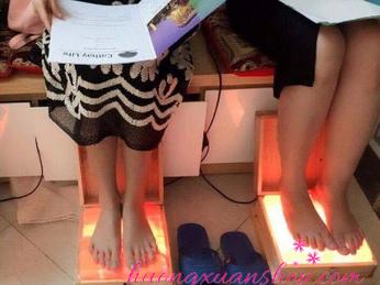 Hộp đá muối massage chân có tốt không?