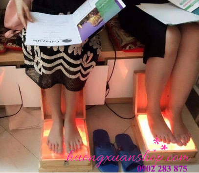Đèn đá muối massage chân