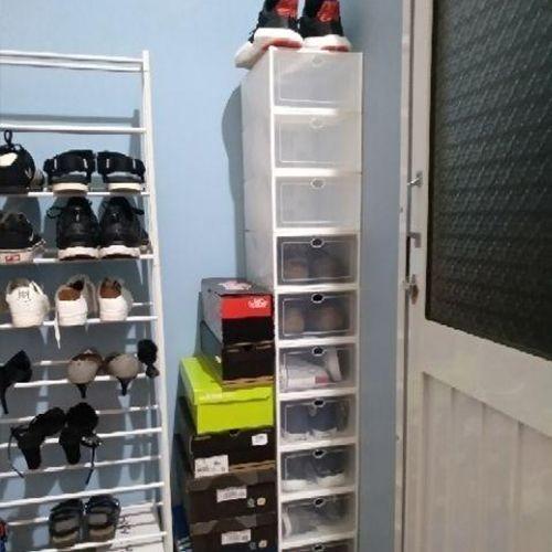 Hộp nhựa đựng giày trong suốt Viền Trắng
