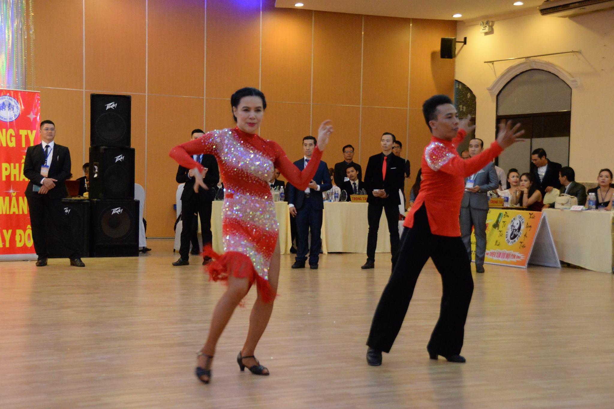 Nhanh tay đăng ký lớp dạy theo yêu cầu tại DANCE PASSION
