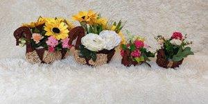 Cách chọn bình hoa để bàn đám cưới đơn giản