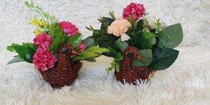 Các mẫu bình hoa để bàn đẹp