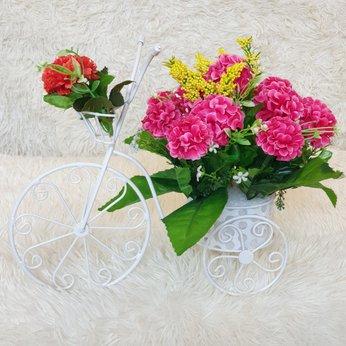 Xe hoa nhỏ để bàn