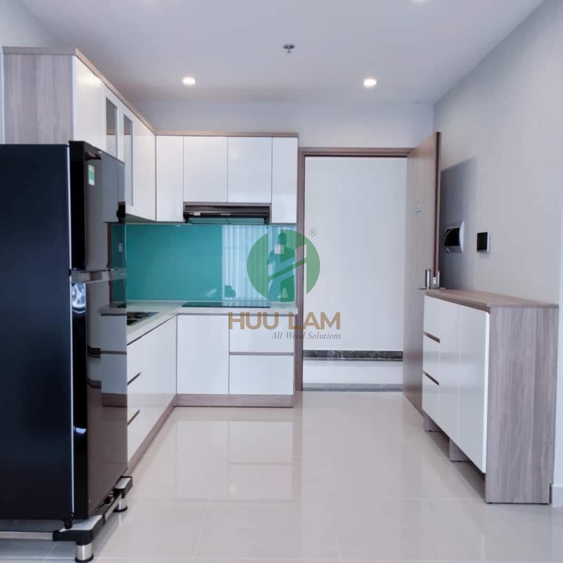 Mẫu tủ bếp gỗ công nghiệp hiện đại cho căn hộ HLTB-004