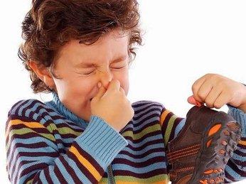 Mách bạn vài mẹo hay giúp khử mùi tủ giày với những nguyên liệu dễ tìm