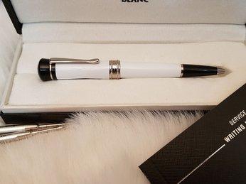 Tìm nơi bán bút montblanc chính hãng