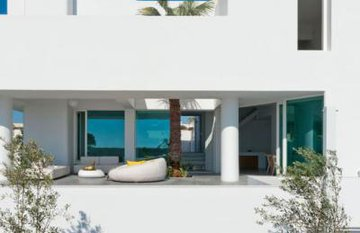 Mãn nhãn với ngôi nhà màu trắng tuyệt đẹp ở Hy Lạp