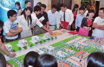 Diễn biến trái ngược tại thị trường địa ốc 2 thành phố lớn