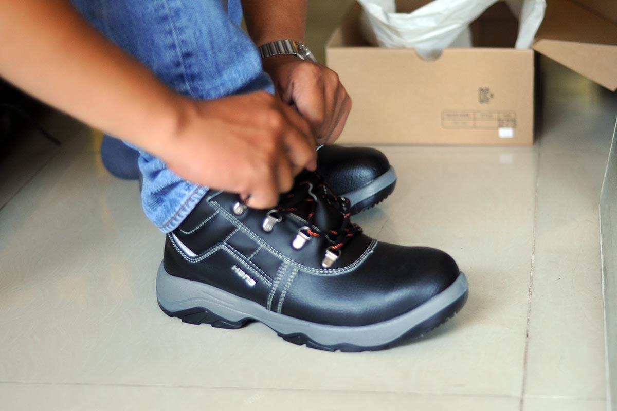 Giày Bảo Hộ Cao Cấp Hàn Quốc Hans HS-55 Cao Cổ