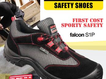 Giá giày bảo hộ xây dựng bao nhiêu thì phù hợp với người tiêu dùng?