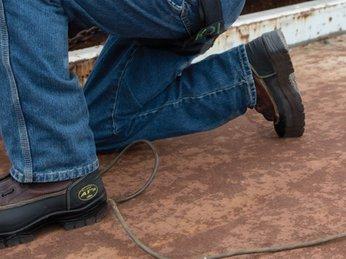 Giày bảo hộ lao động nhập khẩu cao cấp