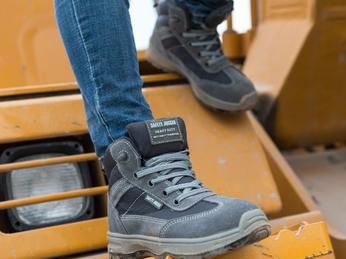 Một Số Lưu Ý Bạn Cần Chú Ý Khi Mua Giày Bảo Hộ Safety Jogger - Bỉ