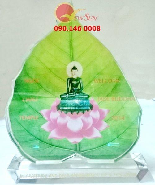 Pha lê thủy tinh in hình Phật,  Kỷ niệm chương pha lê thủy tinh nhận in lẻ lấy trong ngày