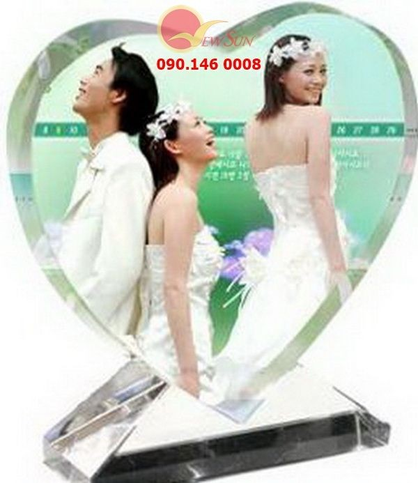 ** Pha lê in hình trái tim đứng - Vua Quà Việt - 0901460008
