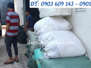 Thu Hồng lên đơn dây rút nhựa chuẩn bị giao ra chành cho khách ở Tiền Giang