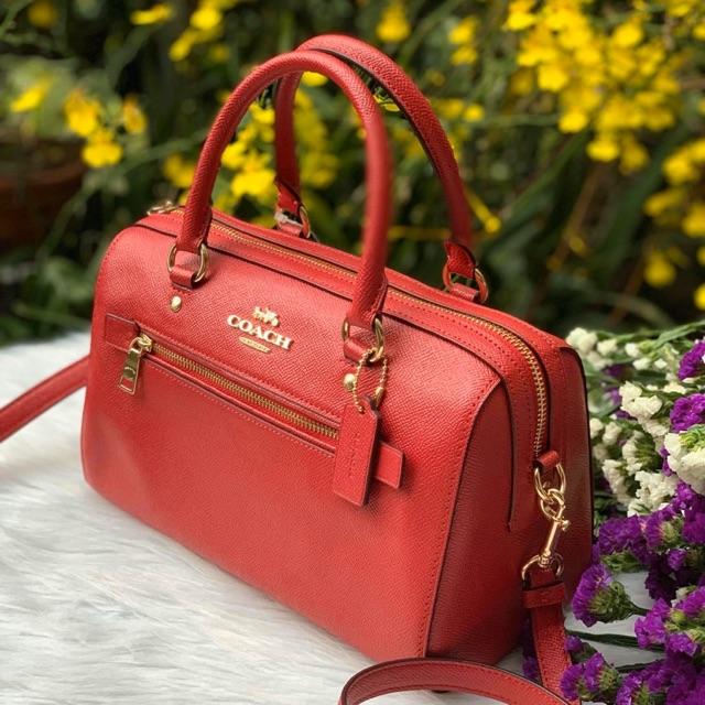 Túi xách coach nữ màu đỏ