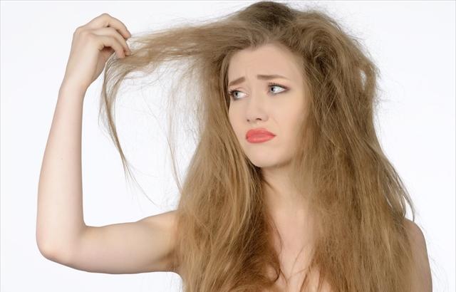 Kem ủ tóc CC White - Balancing Hair Care
