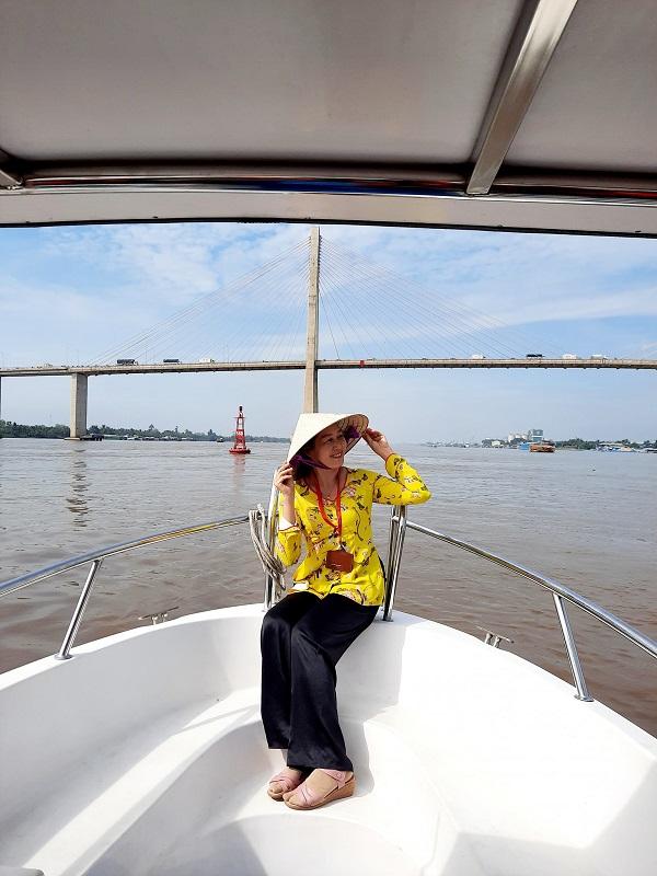 Tour cano đón tại bến du thuyền Mỹ Tho