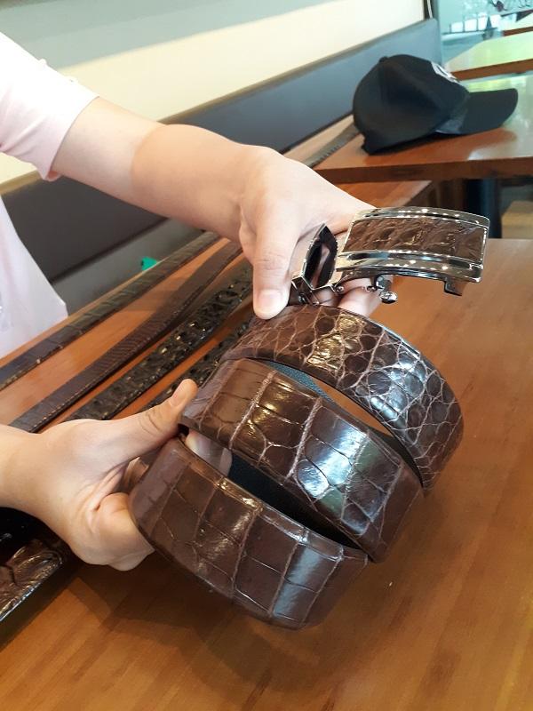 Dây nịt da cá sấu loại trơn chất lượng