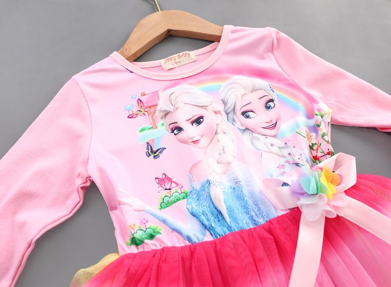 Váy xèo cho bé gái hình công chúa elsa hình cầu vồng xinh xắn.