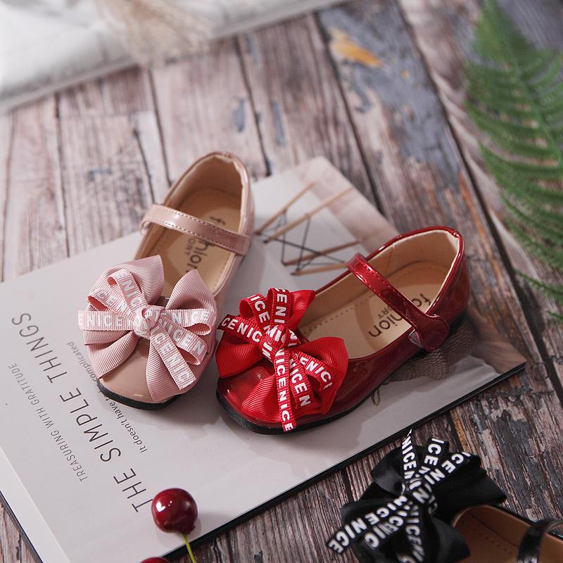 Giày búp bê gắn nơ siêu dễ thương cho bé gái!!