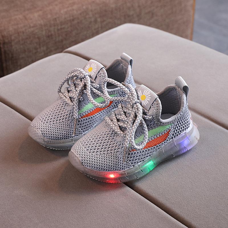 【HOT】Giày thể thao có đèn led phát sáng cho bé trai
